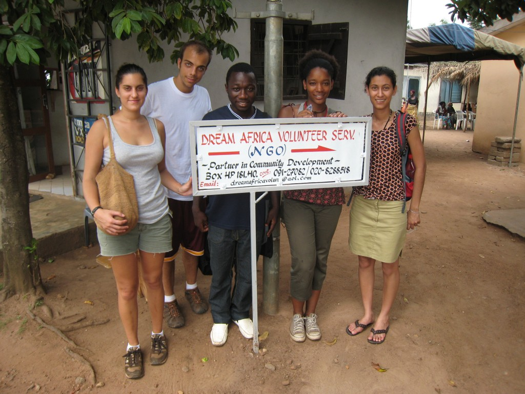 Dream Africa Volunteer Service