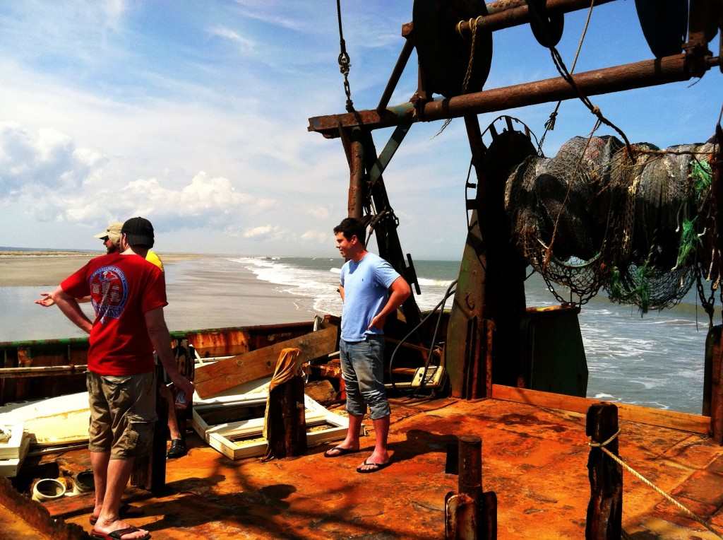 wachapreague-island-abandoned-boat-6
