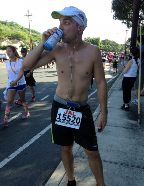 Coconut water break at the Honolulu Marathon