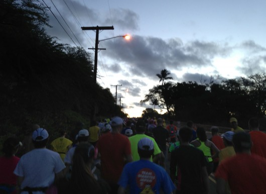 Sun coming up at the 2013 Honolulu Marathon
